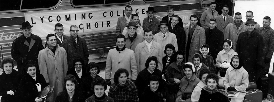 1961 choir at bus