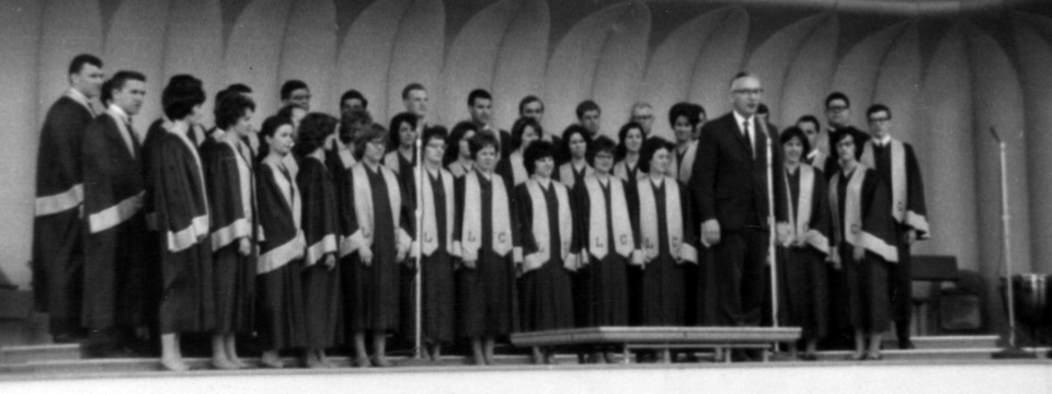 1965 choir at the World's Fair