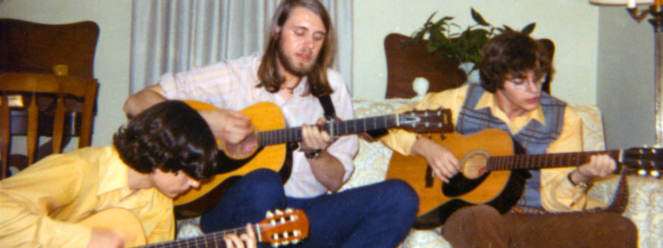1972 guys with guitars