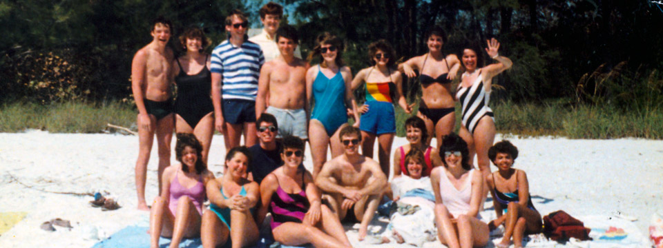 1986 choir on beach