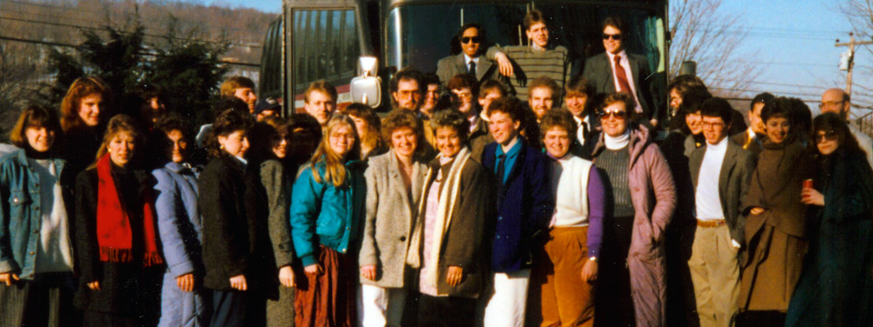1987 choir at bus