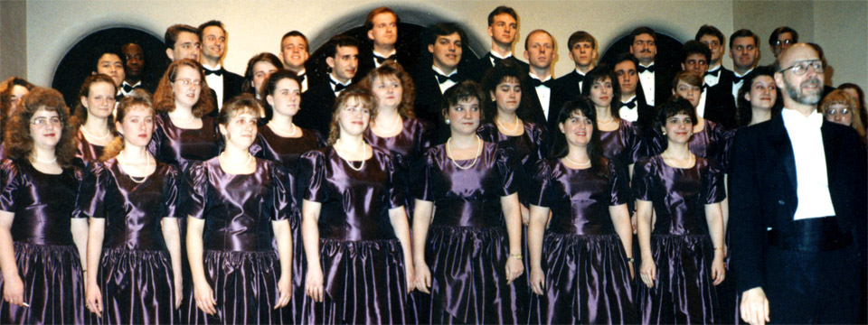 1993 choir on stage